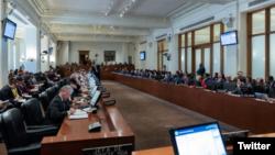"""El secretario general del organismo, Luis Almagro afirmó que están dispuestos """"a trabajar para ayudar a las elecciones democráticas"""" en Venezuela."""