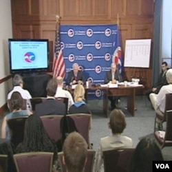 Trgovačka komora, najveća federacija američkih businessa, propise Obamine administracije okrivljuju za usporavanje ekonomije i nastavljaju lobirati protiv vladinog programa