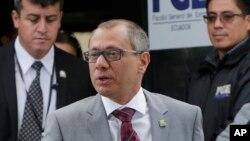 El vicepresidente ecuatoriano fue puesto bajo custodia preventiva el 2 de octubre y fue sentenciado la semana pasada a seis años de prisión por recibir $ 13,5 millones en sobornos ilegales del gigante brasileño de la construcción Odebrecht.