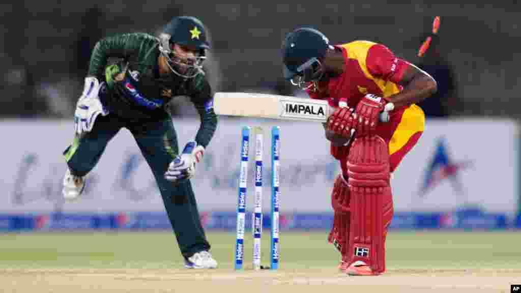Pakistan Cricket Zimbabwe Toss