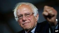 سناتور برنی ساندرز رقیب هلری کلنتن از حزب دموکرات