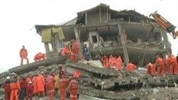 Turkey Scrambles to Help Quake Survivors