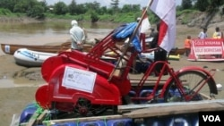 Perahu untuk kampanye sungai bersih Bengawan Solo (Foto: dok).