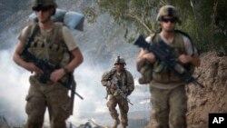 Binh sĩ Mỹ ở Afghanistan. Tổng thống Obama vừa chấp thuận kế hoạch cho phép các lực lượng Mỹ được linh động hơn về cách thức hợp tác với các lực lượng Afghanistan.