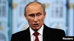 """Según el presidente ruso, Vladimir Putin, en Ucrania hay una """"guerra civil""""."""
