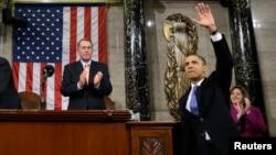 El presidente enfrenta presiones para cumplir con su compromiso en el tema de la reforma migratoria.
