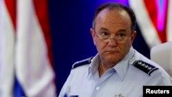 Tướng Không quân Hoa Kỳ Philip Breedlov
