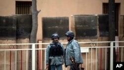 Taliban Kill 9 in Hotel Attack