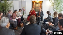 Dalai Lama meeting with leading German Journalists in Hamburg Germany on August 26 2014 PhotoJeremy Russell.jpg