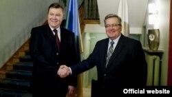 Янукович та Коморовський. Фото з офіційного сайту президента України