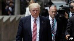도널드 트럼프 미국 대통령이 26일 이탈리아 시칠리아의 G-7정상회의 개막식장에 도착햇다.