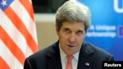 « La Russie est confrontée à un choix », a estimé John Kerry