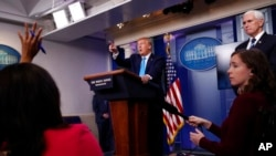 """د امریکې صدر ډانلډ ټرمپ به کرونا وایرس د """"چاینا وایرس"""" په نوم یادوولو او د چین او د ډبلیو اېچ او د احتساب غوښتنه به یې کوله"""