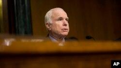 Голова Сенатського комітету у справах збройних сил Джон Маккейн