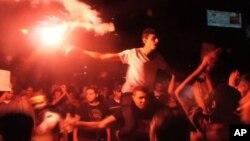 이집트에서 군부에 반대하는 무르시 전 대통령 지지세력의 시위가 계속됐다.
