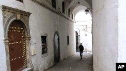 Uma rua do centro historico de Argel