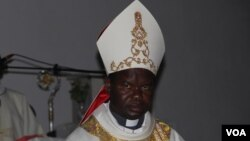 Dom Dionísio Hissilenapo, Bispo da diocese do Namibe