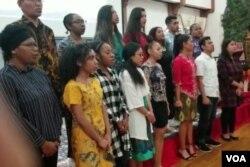 Rombongan mahasiswa Papua di George Mason University (Foto: Triyono/VOA).