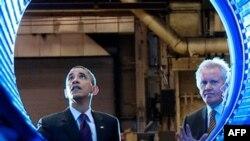 Barak Obama mahalliy korxonalardan birida