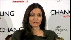 Анджеліна Джолі зробила подвійну мастектомію