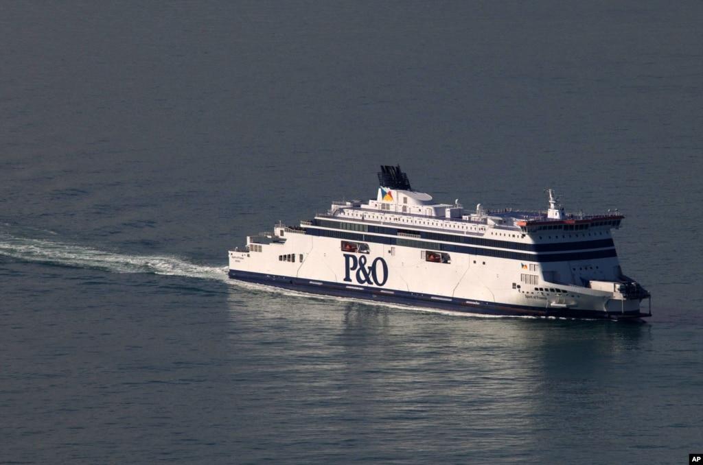 Refugees Storm Calais Port To Board British Ferry Fiji World News