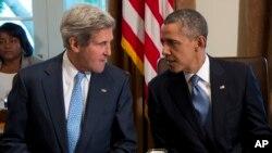 克里国务卿(左)与奥巴马总统9月30日在白宫