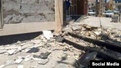 بخشی از خسارات زمین لرزه در مسجد سلیمان