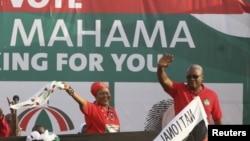 John Dramani Mahama em campanha eleitoral