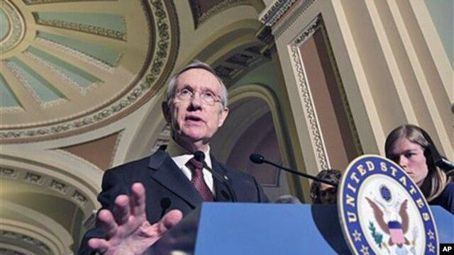 Senate Majority Leader Harry Reid of Nevada speaks to reporters on Capitol Hill in Washington (file photo)
