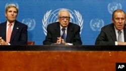 Američki državni sekretar Džon Keri, izaslanik UN-a Lahdar Brahimi i ruski ministar inostranih poslova Sergej Lavrov kontinuirano diskutuju o situaciji u Siriji