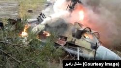 Chiếc trực thăng, với ít nhất 17 người trên máy bay, bị rơi hôm thứ sáu tại thung lũng Naltar ở miền bắc Pakistan.