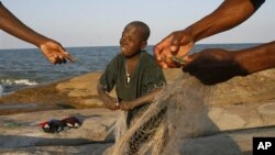 Pescador no Lago Niassa