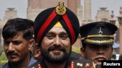 Pimpinan angkatan bersenjata India, Jendral Bikram Singh, memerintahkan para komandannya untuk membalas tembakan jika mereka diprovokasi oleh pasukan Pakistan. (Foto: dok)