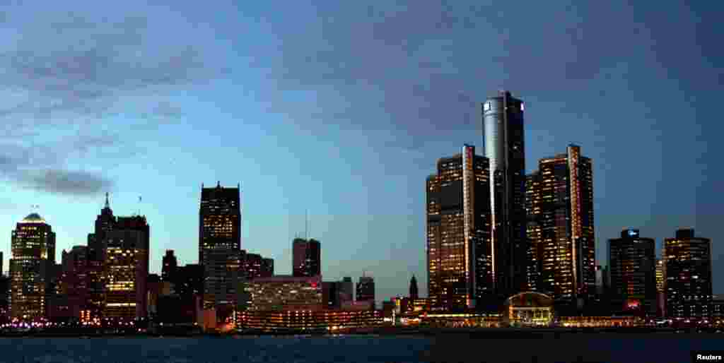 General Motors' world headquarters is the tallest building along the Detroit skyline.