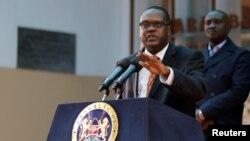 Le ministre des sports kényan Hassan Wario lors de la conférence de presse sur l'agence mondiale anti-dopage, Nairobi, le 13 mai 2016.