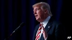 Kandidat presiden AS dari Partai Republik Donald Trump dalam sebuah acara di Washington (9/9). (AP/Evan Vucci)