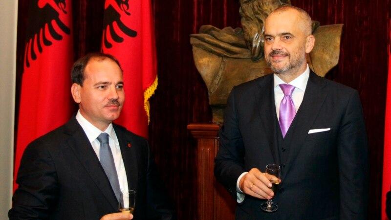 Kerry to Make Albania Stop Sunday