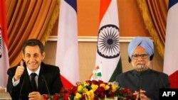 Francuski predsednik Nikola Sarkozi i indijski premijer Manmohan Sing, Nju Delhi, 6. decembar 2010.