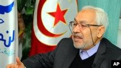 Rachid Ghannouchi, pemimpin partai moderat Tunisia, Ennahda.