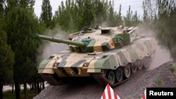 中国陆军的坦克(2014年7月)