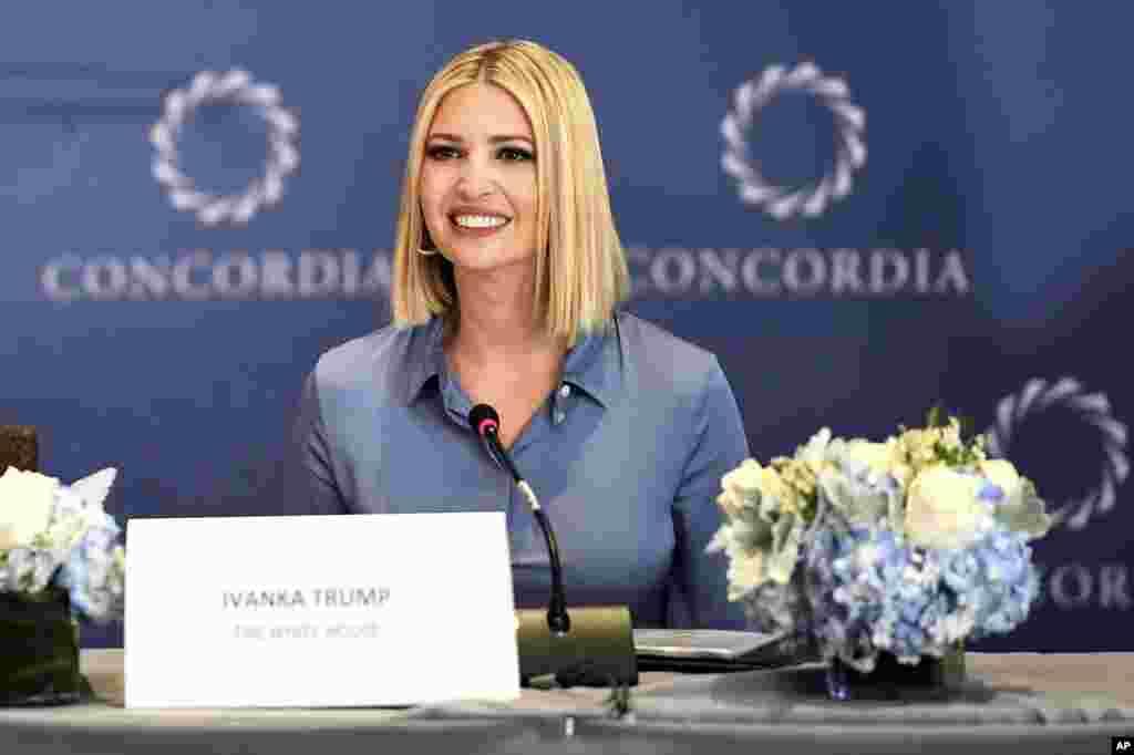 در حاشیه مجمع عمومی سازمان ملل، ایوانکا ترامپ دختر و مشاور رئیس جمهوری آمریکا در نشستی درباره توسعه و شکوفایی جهانی زنان شرکت کرد.