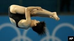 8일 런던 올림픽 여자 다이빙 10m 플랫홈 경기에 출전한 북한의 김은향 선수.