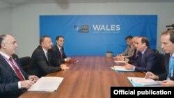 Azərbaycan prezidenti İlham Əliyev və Fransa prezidenti Fransua Ollandın görüşü