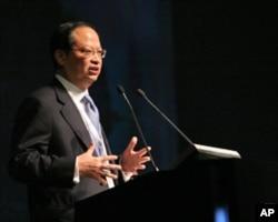 中国移动董事长王建宙称香港人才弥补内地不足
