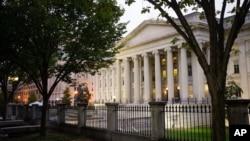مسئولان خزانه داری و وزارت دادگستری آمریکا به اعضای کنگره درباره جزئیات پرداخت به ایران توضیح داده اند.