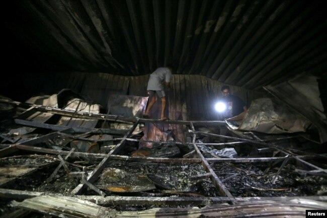 آگ ممکنہ طور پر آکسیجن ٹینک کے دھماکے کے باعث لگی۔