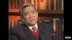中国著名记者、《墓碑》一书的作者杨继绳在2012年接受美国之音专访,谈中国大饥荒