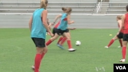 تمرین تیم فوتبال زنان آمریکا