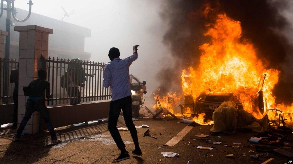 Image result for revolution au burkina faso