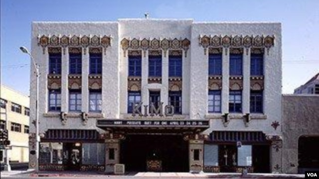 The restored KiMo Theatre, quite an attraction in downtown Albuquerque, frightens many theatergoers, but not because of the movie. (Carol M. Highsmith)